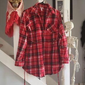 Flannel maternity long sleeve shirt